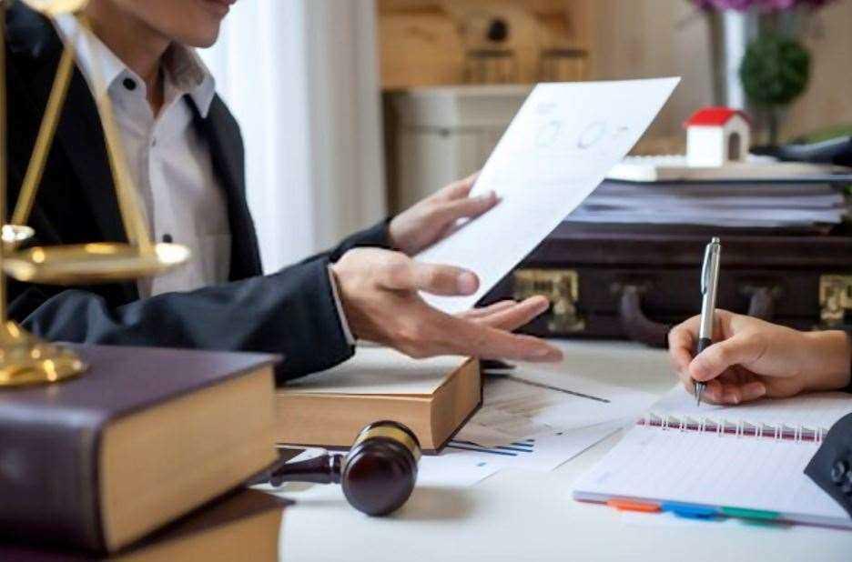 مشاوره حقوقی برای سامان بخشی روابط بین المللی، اهمیت دارد.